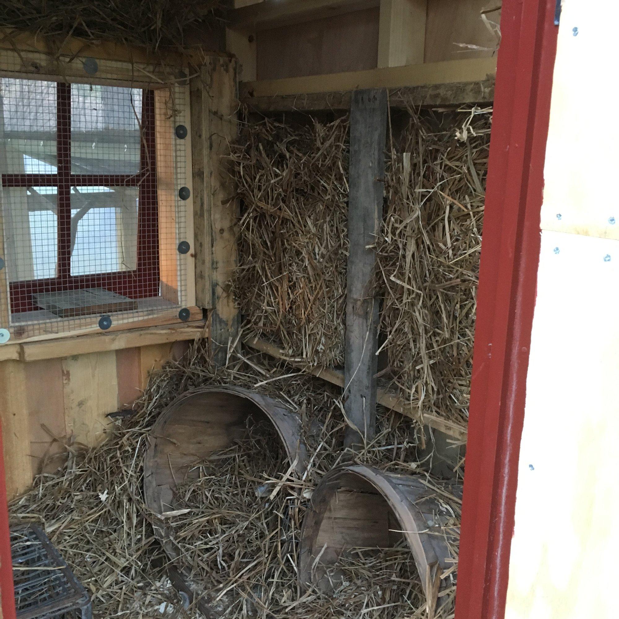 25-adding straw insulation.jpg