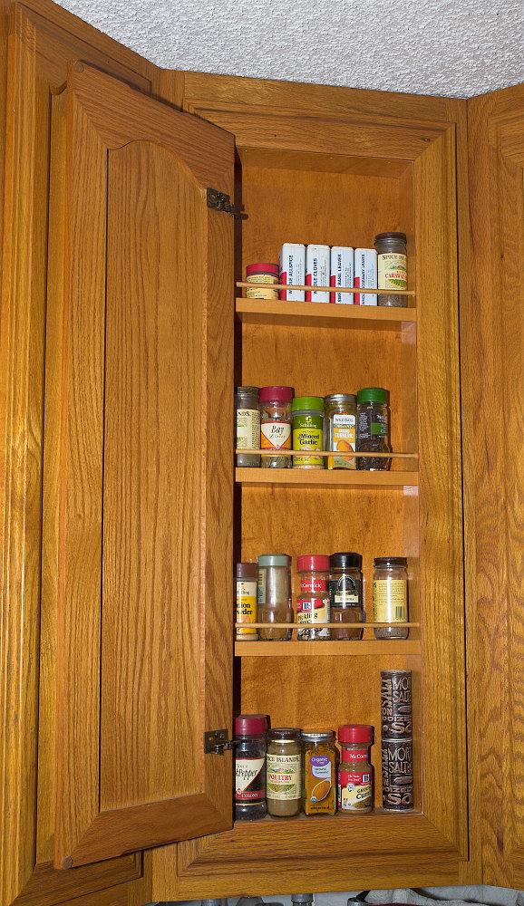 Corner_cabinet_XA013259_10-01-2020-001.jpg