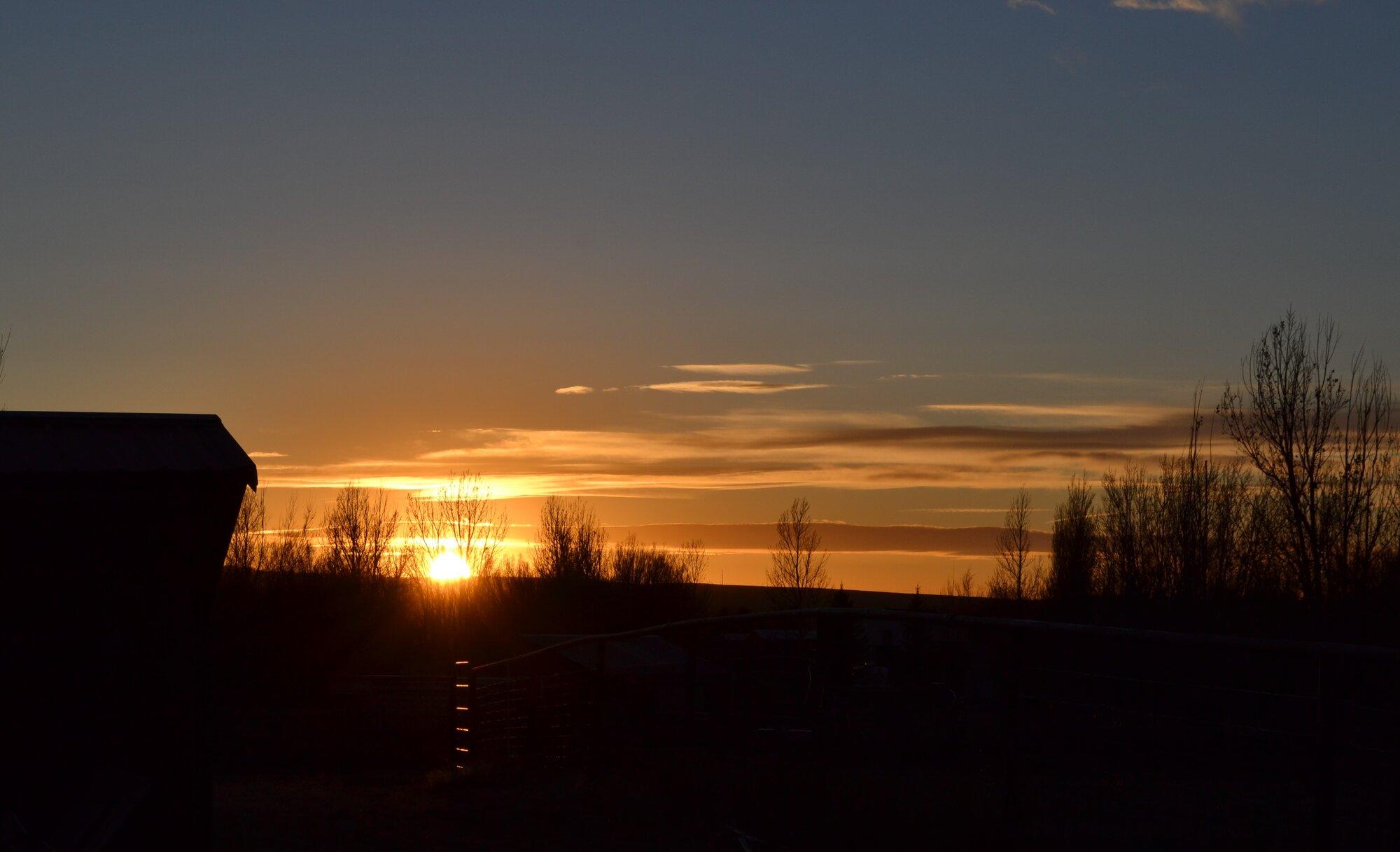sunsetcloud2.jpg