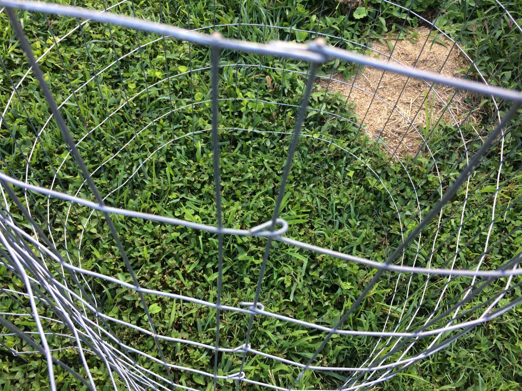 Wire basket fastening.JPG