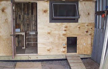 Chicken_Shed-2008May16_12.jpg