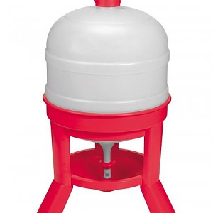 8 Gallon Capacity Plastic Dome Chicken Water