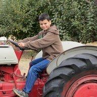 FarmerDansMom