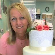 cake lady hen lover