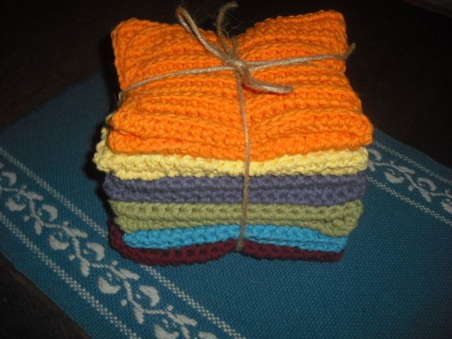 CIMG2428.JPG Festive dishcloths bound and ready to add to my cousin's B-day gift. They will match her Fiesta Dishes.