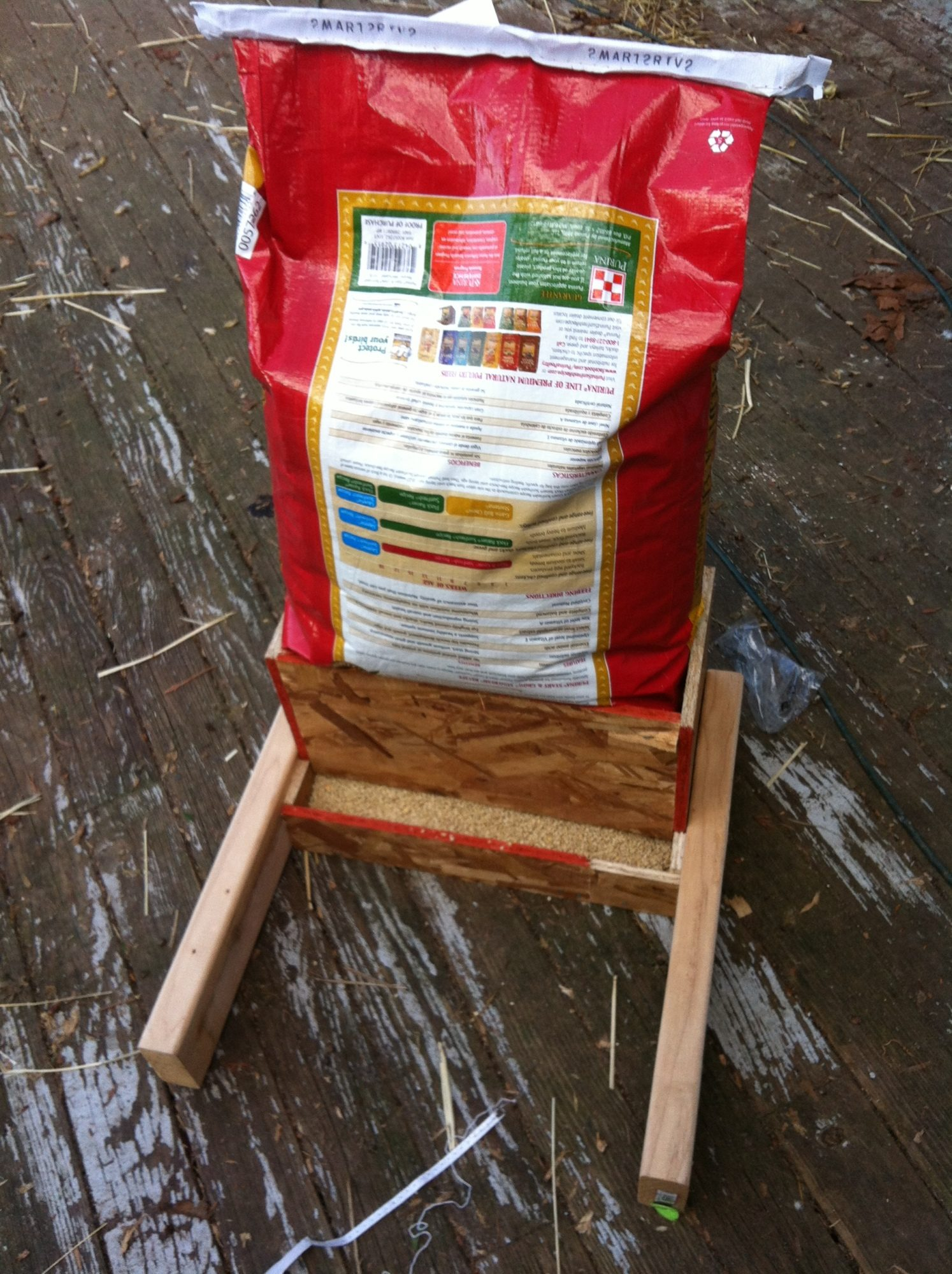 Feeder with bag