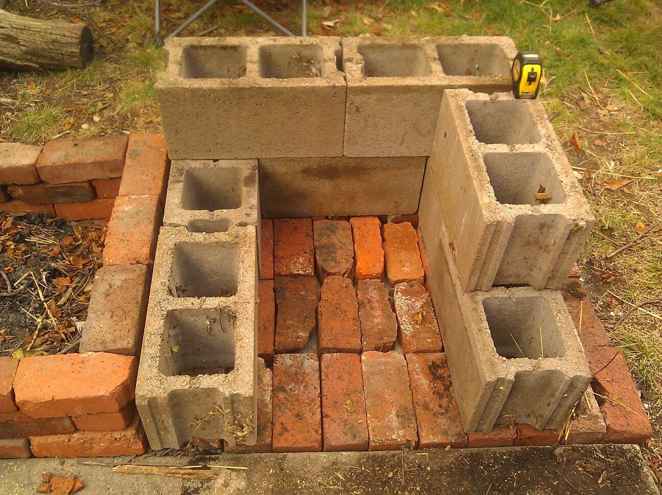 Clay Outdoor Ovens : Clay outdoor bread oven