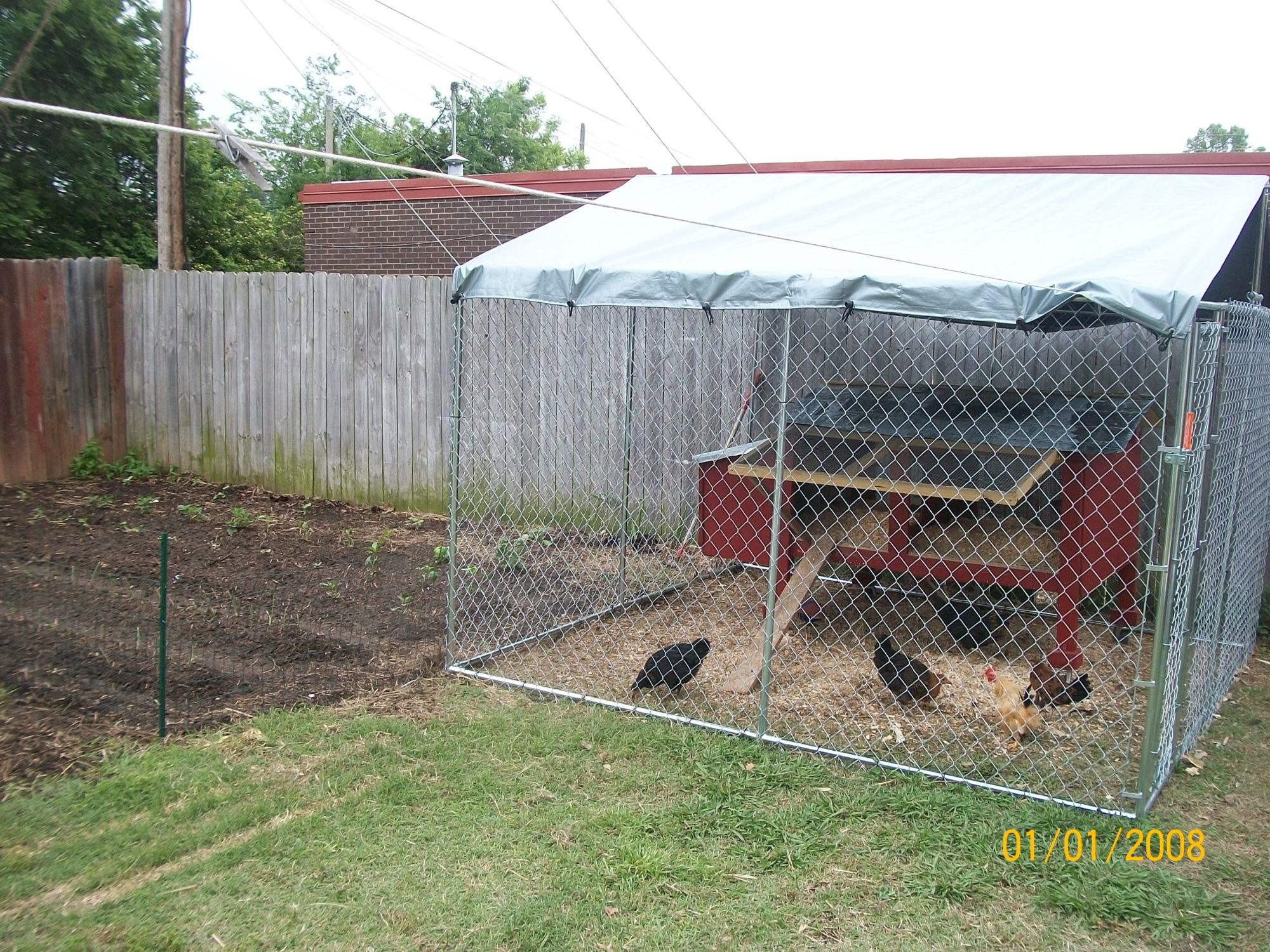 How to close in the peak area on a dog kennel coop for Dog kennel in garage ideas