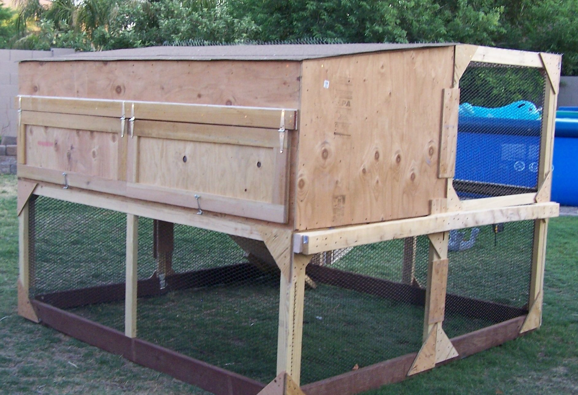what is the best coop design backyard chickens