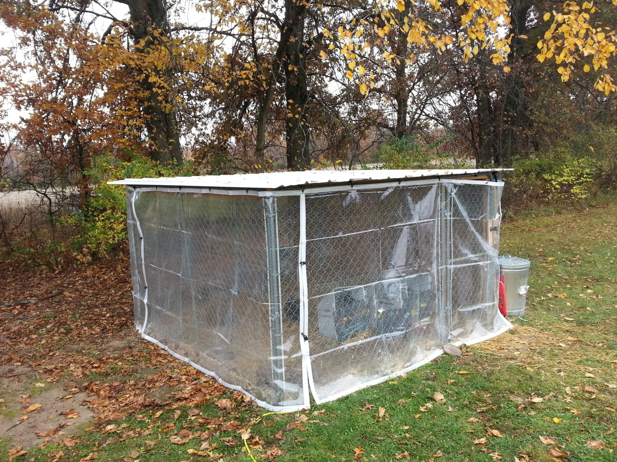 Help! Winter Coop? Can I use this chain link dog kennel enforced ...