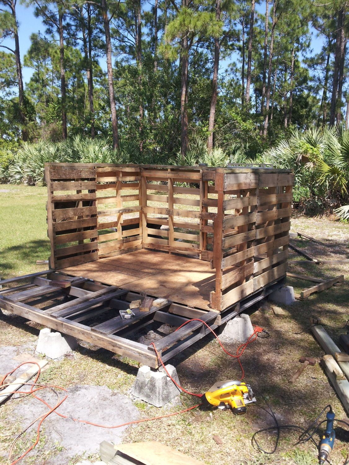 Coop made from (mostly) free salvaged material from ...