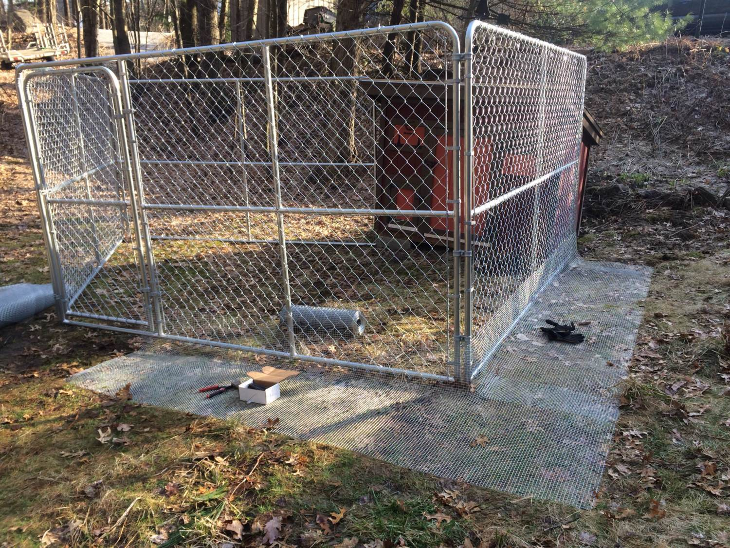 Chain Link Dog Run Roofing Ideas And Suggestions