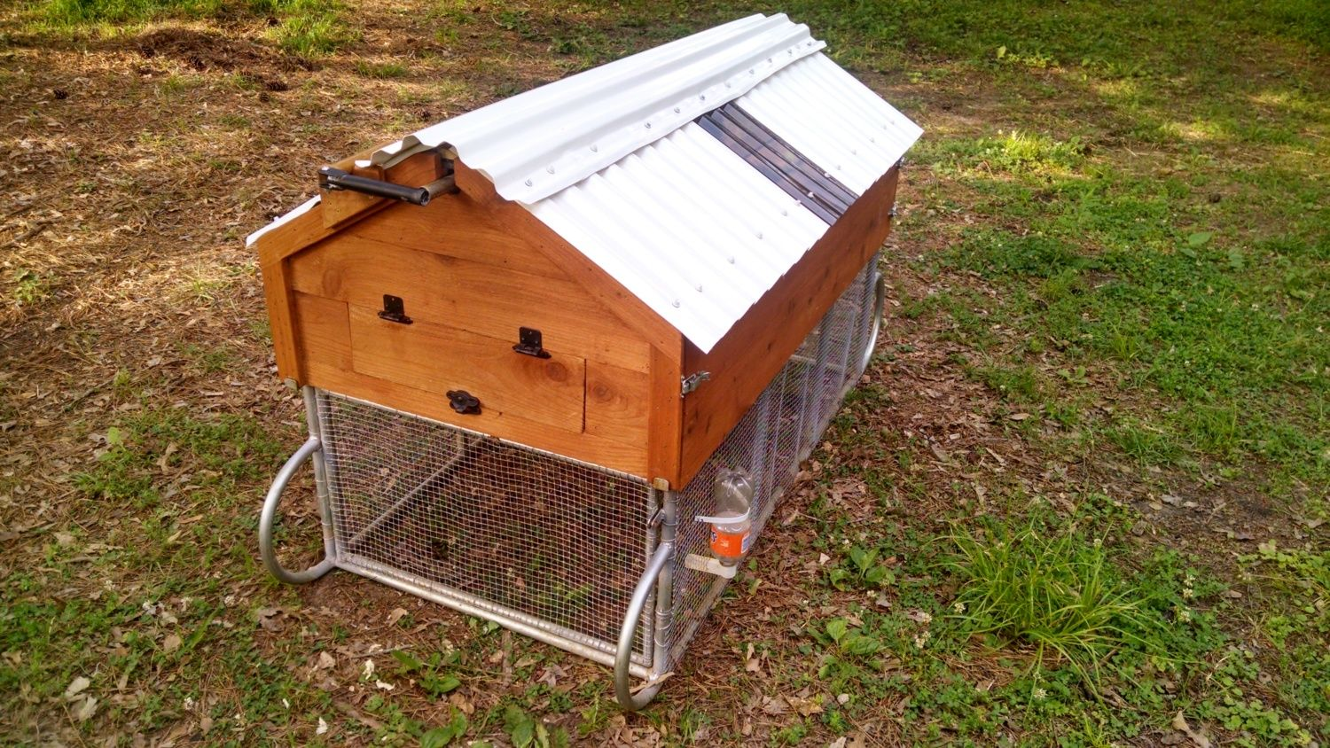 welded galvanized steel tubing frame chicken tractor