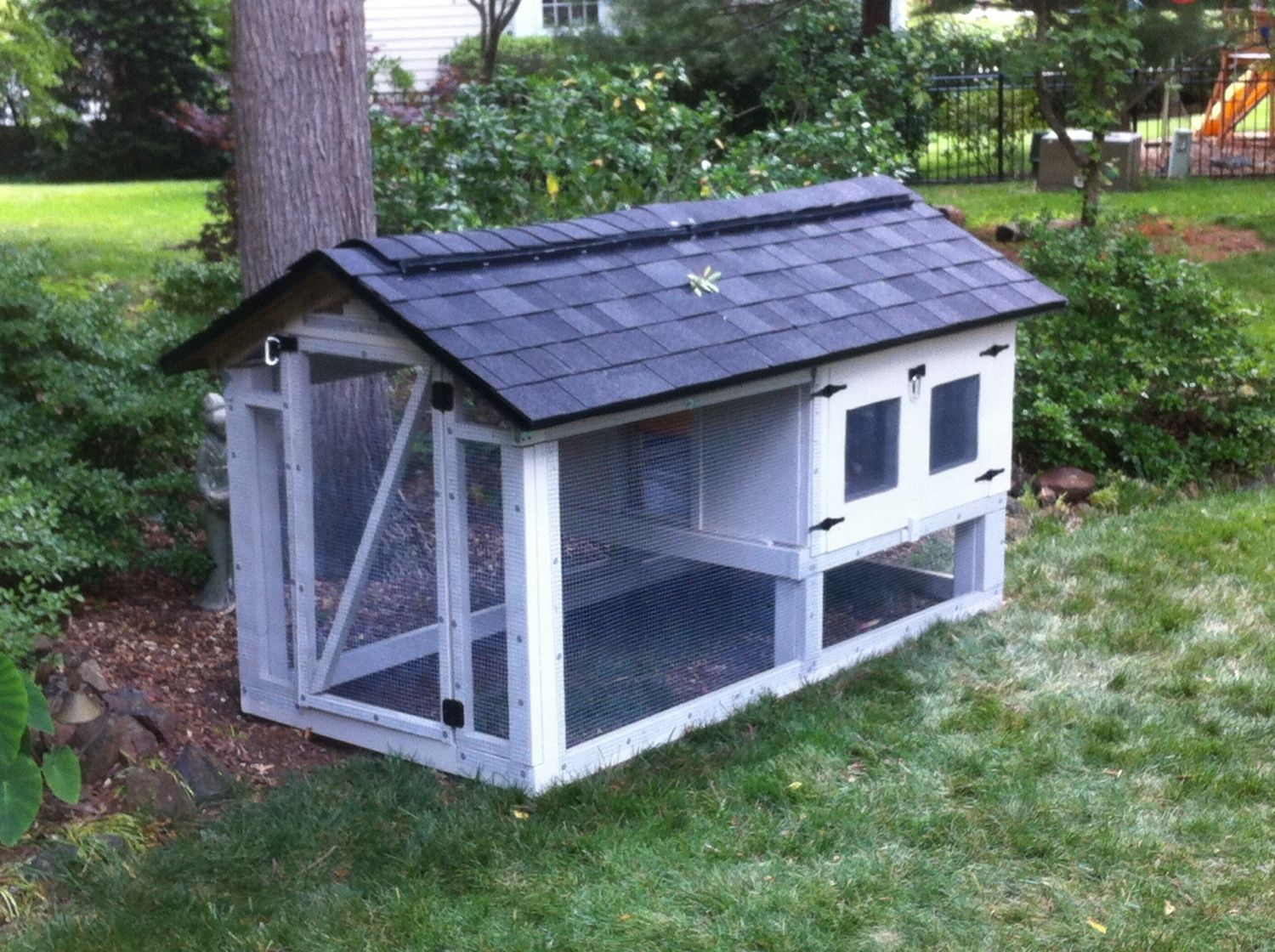 Ventilation For Chicken Houses : Building my coop and carpenter is confusing me about