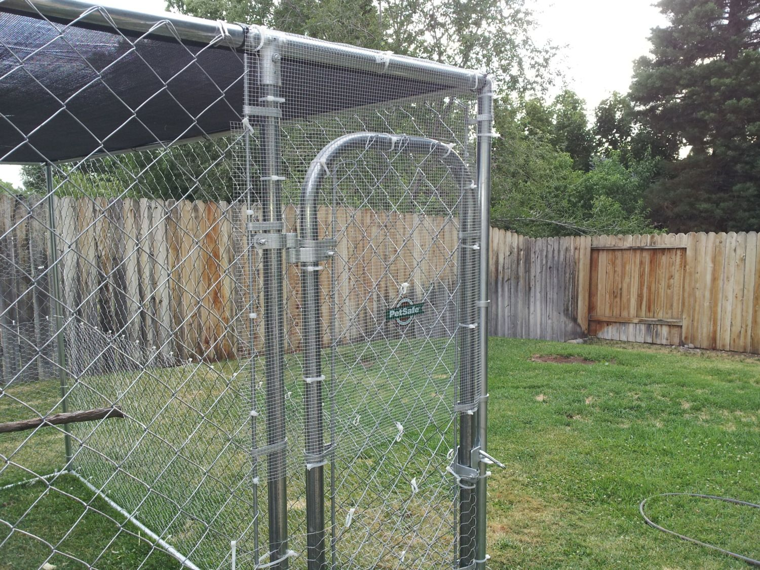dog kennel or hardware cloth run. | BackYard Chickens