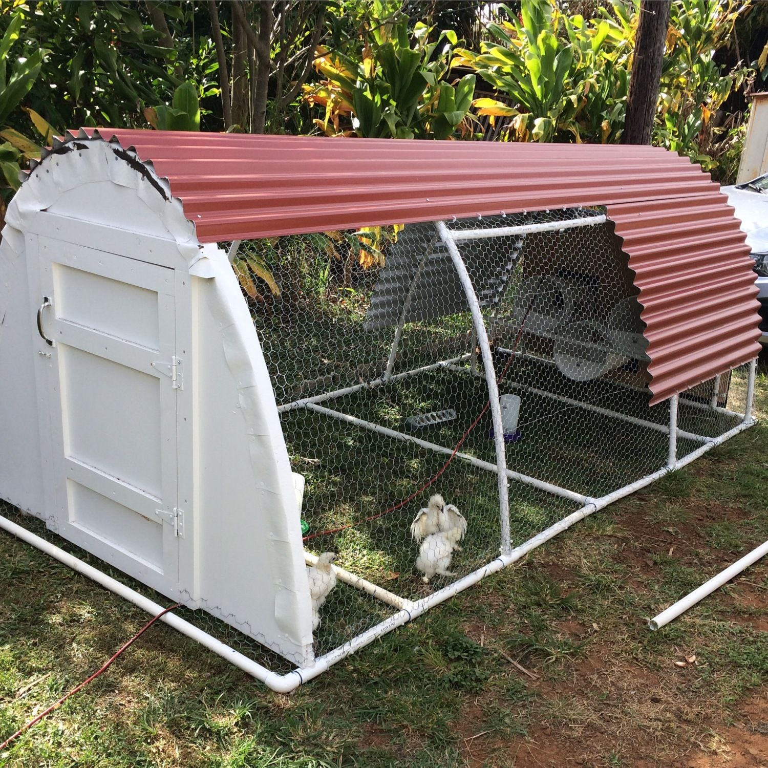 Diy pvc coop for Pvc chicken tractor plans