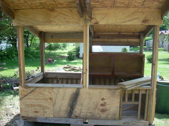 http://www.backyardchickens.com/forum/uploads/10160_dscn1476.jpg