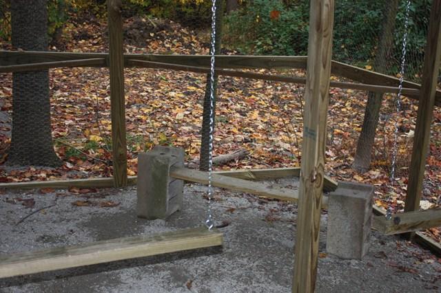 http://www.backyardchickens.com/forum/uploads/103160_img_0356.jpg