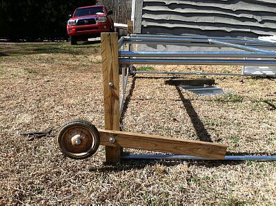 http://www.backyardchickens.com/forum/uploads/20444_jsw_img_0036.jpg