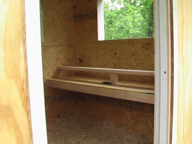 http://www.backyardchickens.com/forum/uploads/23395_imga0169.jpg
