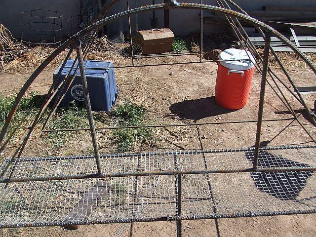 24056_construction1smal.jpg