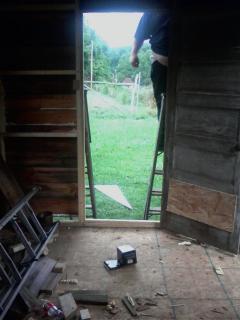 http://www.backyardchickens.com/forum/uploads/26911_072109_132502.jpg