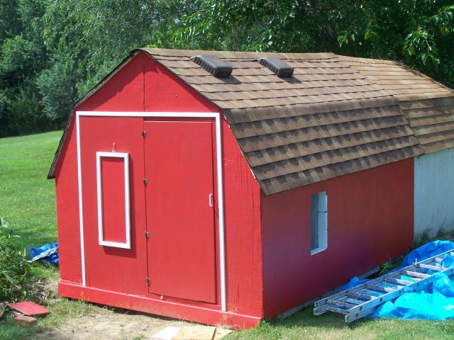 Farmer cluck had some chickens backyard chickens community for Behr barn and fence paint