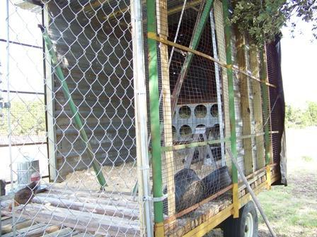 http://www.backyardchickens.com/forum/uploads/37917_cotton_trailer.jpg