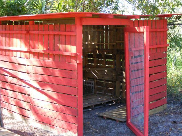 Should we rethink pallet coop construction page 2 Chicken coop from pallet wood