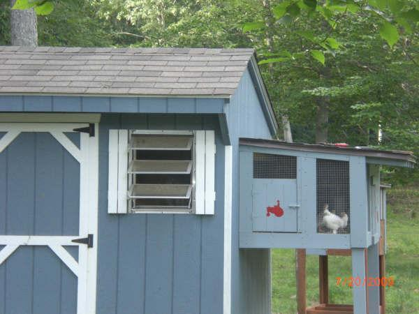 http://www.backyardchickens.com/forum/uploads/39440_guinea_house.jpg