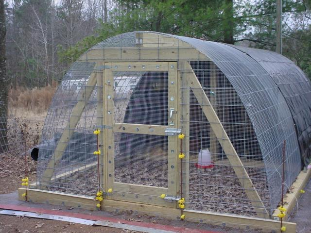Permanent hoop coop guide backyard chickens for Dog kennel greenhouse