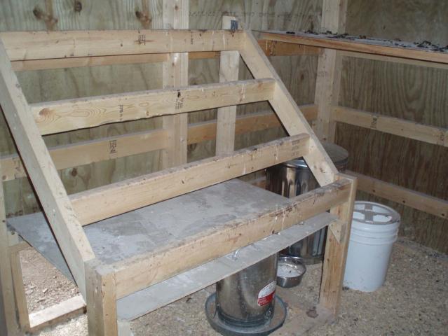 http://www.backyardchickens.com/forum/uploads/46815_07.jpg