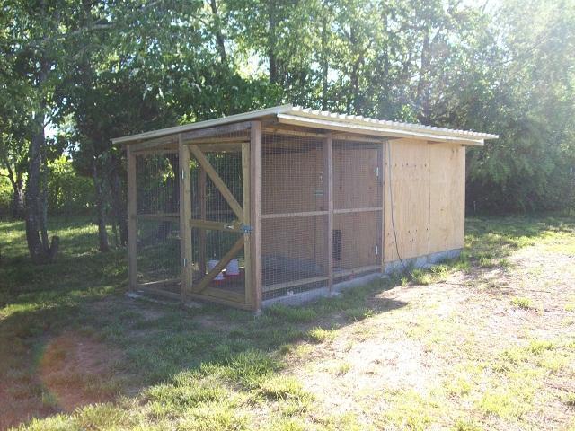 http://www.backyardchickens.com/forum/uploads/47708_095.jpg