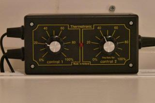 Thermotronic thermostat