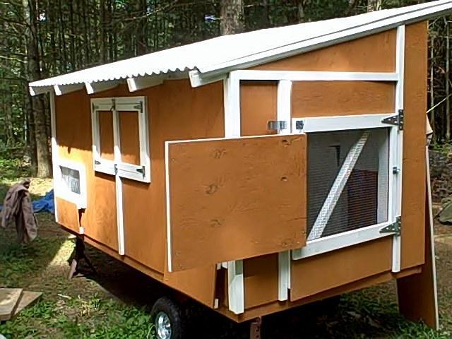 http://www.backyardchickens.com/forum/uploads/54168_chicken_tractor.jpg