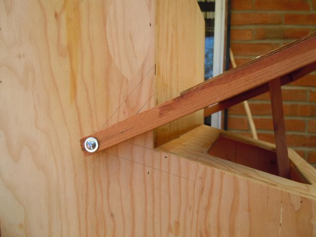 Hinge for the top cover