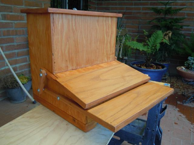 Completed treadle feeder
