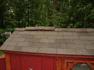 coop ridge vent shingled