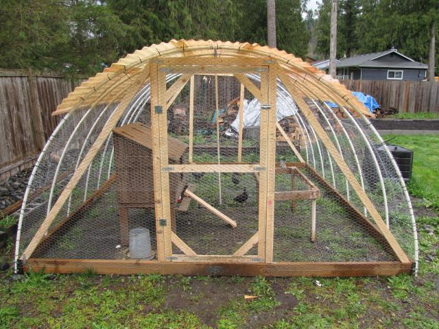 2016 06 01 archive additionally e Costruire Una Serra together with 16 Foot Hoop House High Tunnel 2 together with Intro Greenhouse Hydroponics Potted Plants as well Build A Chicken Tractor From Pvc. on pvc pipe greenhouse plans