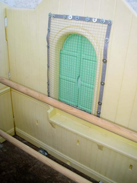 My Little Tikes Playhouse Coop And Snap Together Baby Gate