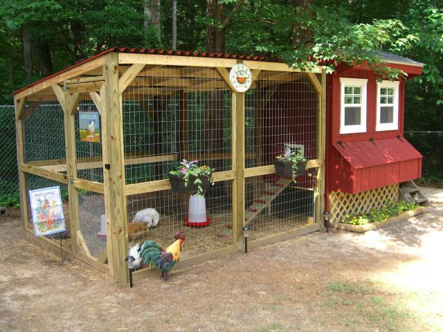 Coop de la ville 39 s chicken coop backyard chickens community for Homemade chicken house
