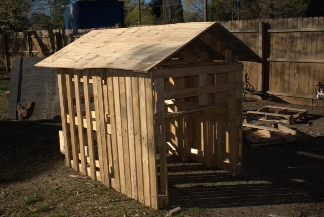 pallet chicken coop instructions