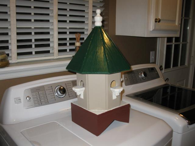 http://www.backyardchickens.com/forum/uploads/67664_birdhouse_cupula_008.jpg