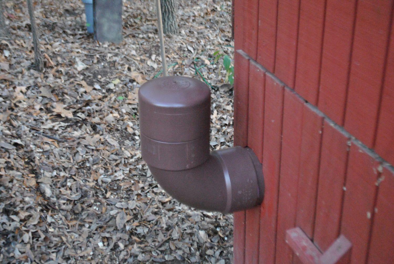 http://www.backyardchickens.com/forum/uploads/76677_dsc_0417.jpg