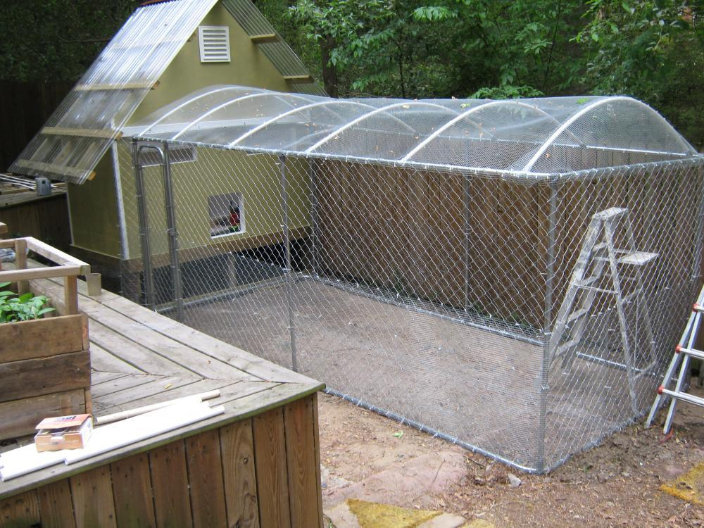 How Would You Put A Roof On Chain Link Backyard Chickens