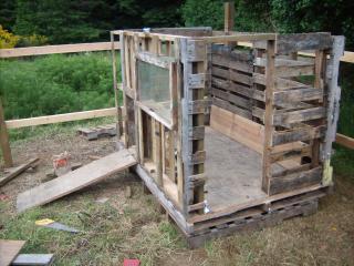 http://www.backyardchickens.com/forum/uploads/95961_gedc0553.jpg