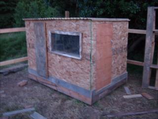 http://www.backyardchickens.com/forum/uploads/95961_gedc0569.jpg