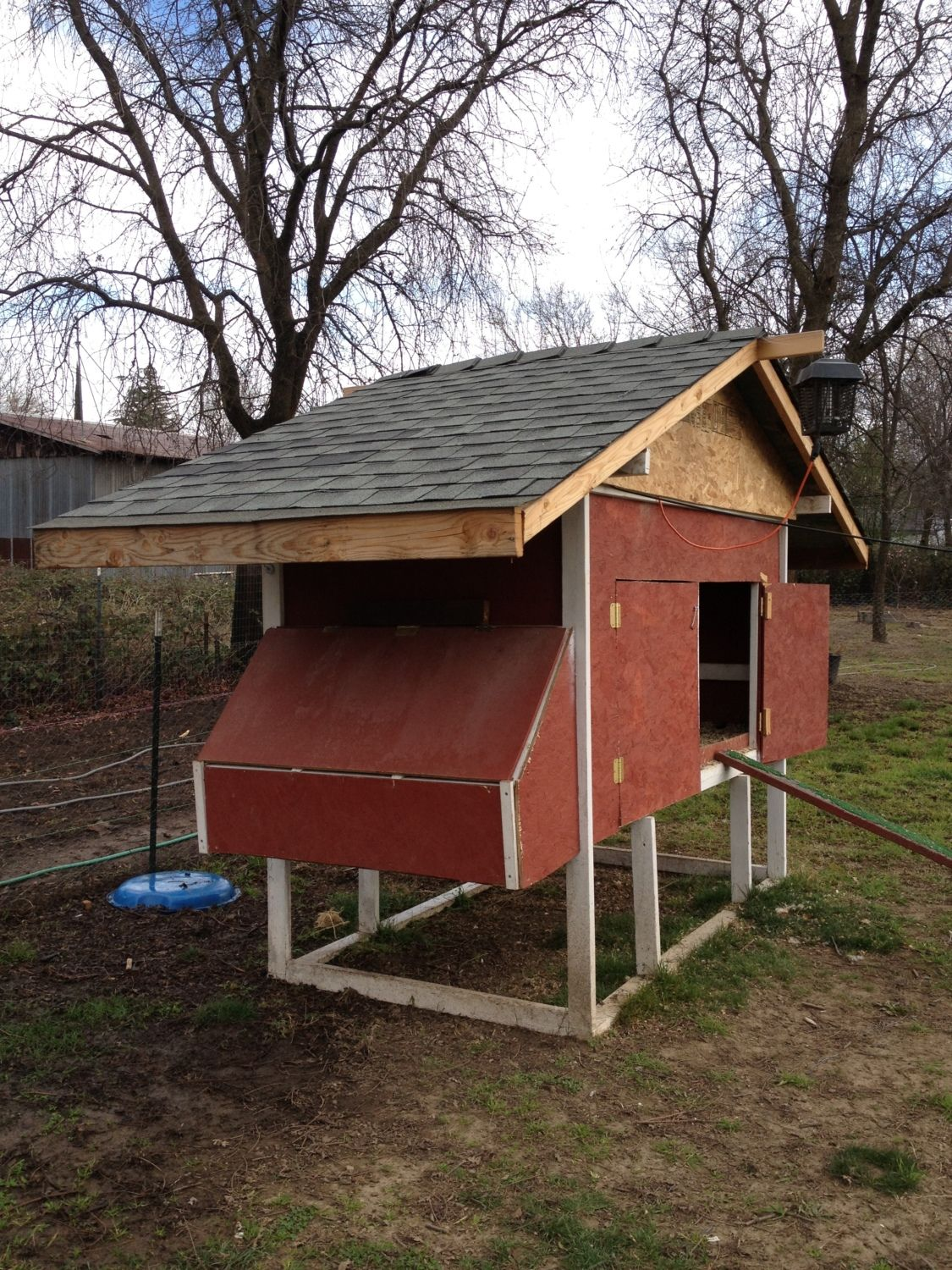 Little red hen coop backyard chickens community for Red chicken coop
