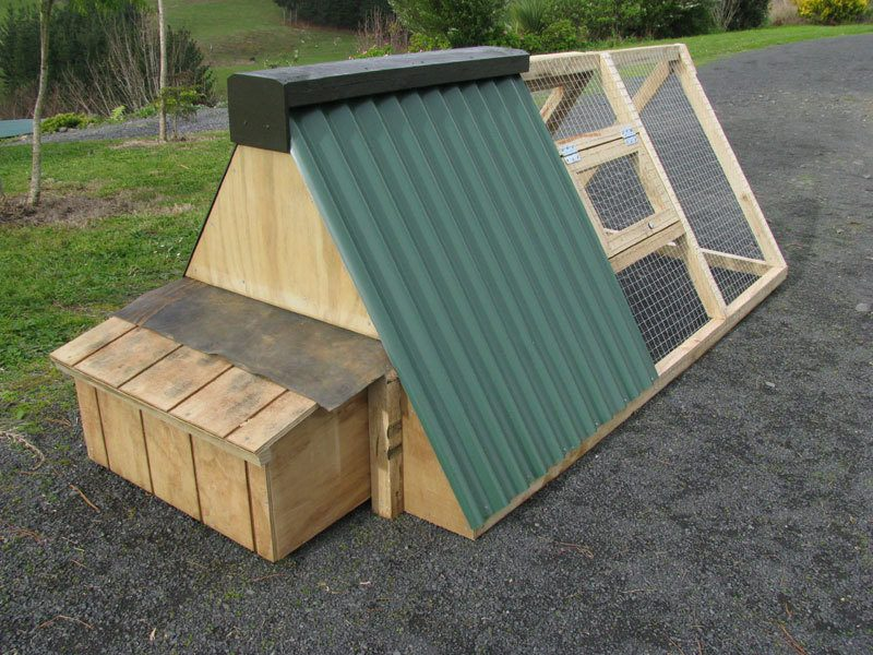 A Frame Chicken Tractor Plans : What is this panel made from in a frame coop