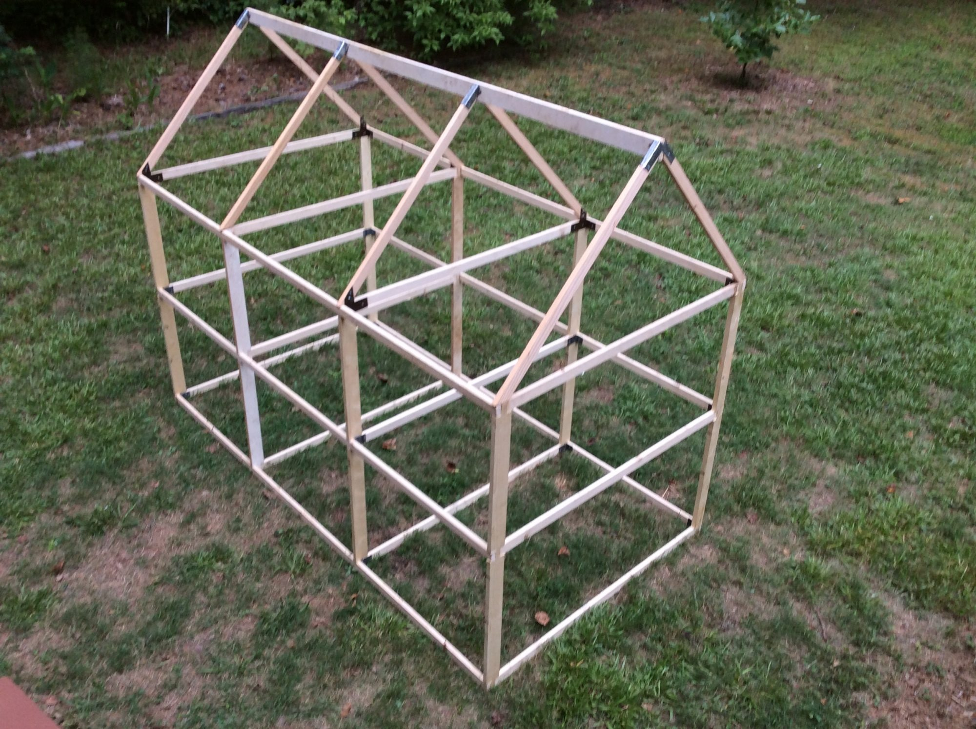 Frame for the Gurlz new chicken tractor.